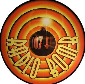 Radio Bomb: 107 FM
